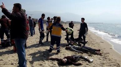 Sin esperanzas de encontrar supervivientes en los naufragios del Mediterráneo central
