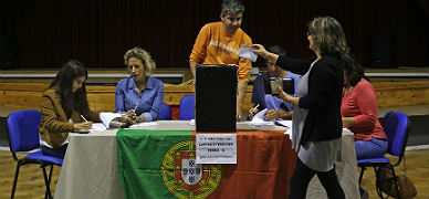 Los portugueses van a las urnas sin alternativas al bipartidismo
