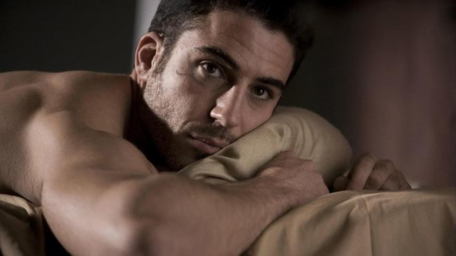 Miguel Ángel Silvestre, un actor gai a la sèrie dels Wachowski