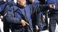 Cuatro polic�as heridos y un presunto terrorista muerto en Bruselas