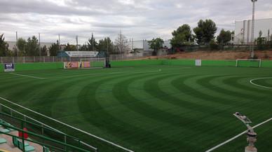 L'Ajuntament de Rubí renova les instal·lacions elèctriques del camp de futbol de Can Fatjó