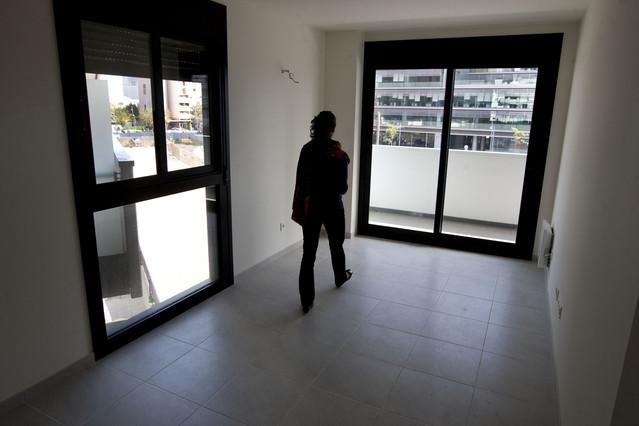 La crisi eleva la ren ncia a pisos vpo concedits - Pis proteccio oficial barcelona ...
