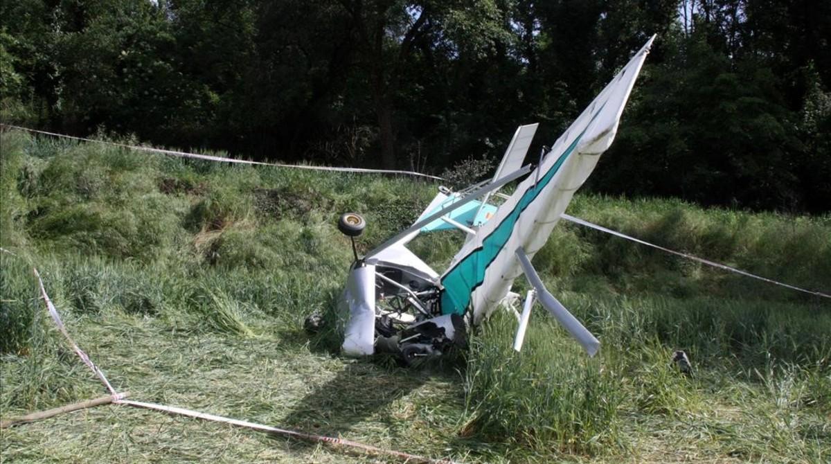 Muere el piloto de un ultraligero al estrellarse junto al aeródromo de Gurb