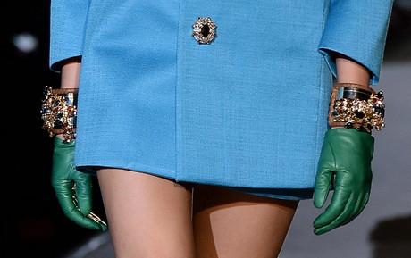 El estilo sesentero está presente en la colección de Dsquared2, que ha apostado por las minifaldas.