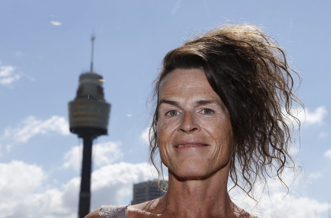 Norrie May-Welby posa después del fallo de la corte de Australia, que le ha dado la razón al legislar a favor del tercer sexo.