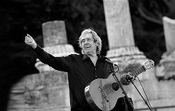 Paco Ib��ez, el pasado martes, en el Festival Les Suds d'Arles (Francia).