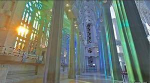 Captura del interior de la Sagrada Família.