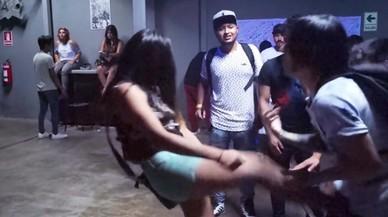Un youtuber perd un testicle per portar a terme el repte 'petó o puntada'