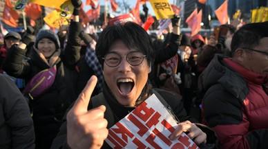 El Parlament de Corea del Sud aprova destituir la presidenta del país