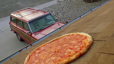 Un muro a lo Trump contra las pizzas voladoras de la casa de 'Breaking Bad'