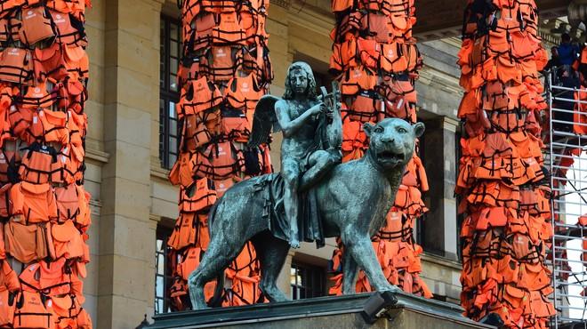 Detalle de la instalaci�n de Ai Weiwei en la Konzerthaus de Berl�n.