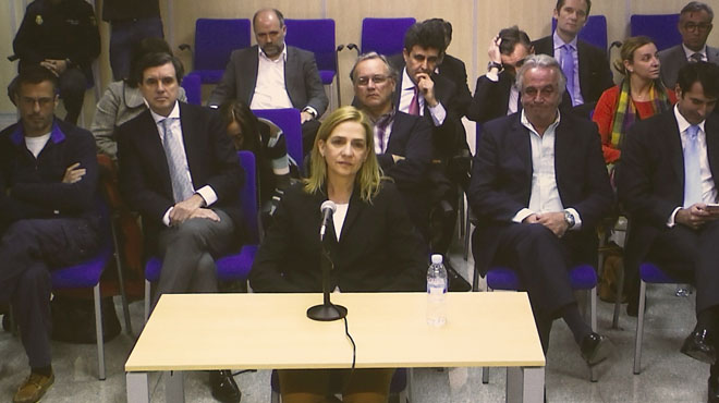Manos Limpias pide 8 a�os de c�rcel y una multa de 2 millones de euros para la infanta Crristina.