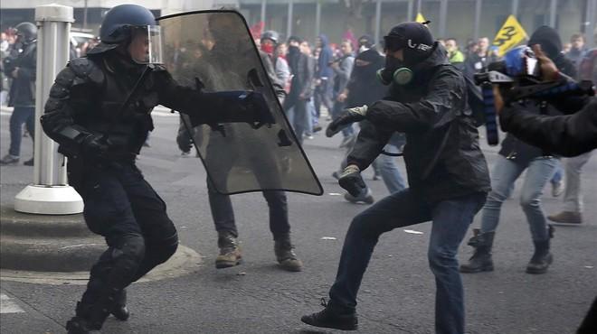 França acull l'Eurocopa de futbol en un ambient de forta conflictivitat social