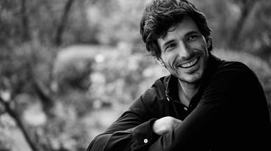 Andrés Velencoso, imagen de la firma española The Brubaker.