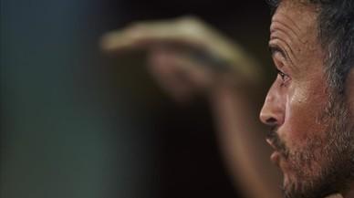 Luis Enrique veu injusta la sanció de la FIFA al Madrid i a l'Atlètic
