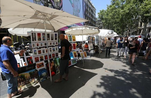 Bcn reordena la actividad de los pintores de la rambla - Pintores de barcelona ...