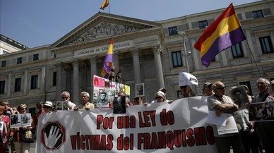 Víctimes del franquisme demanen als partits que impulsin una llei integral