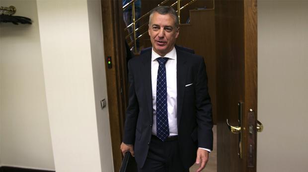 Urkullu afirma que ni la imposición ni la vía penal son la solución en Catalunya