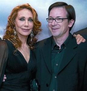 Marisa Berenson, María en la película, y Emilio Ruiz Barrachina.
