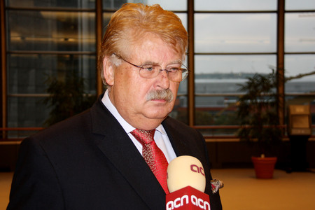 Elmar Brok, presidente del Comit de Exteriores del Parlamento Europeo,durante la entrevista. 