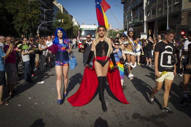 Momento del desfile del orgullo gay en Barcelona.
