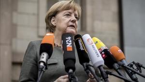 mbenach40965050 german chancellor angela merkel gives a brief statement befo171116135101