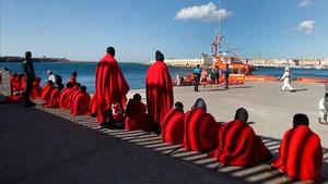 Inmigrantes rescatados en el Estrecho de Gibraltar.