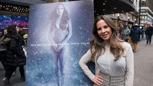zentauroepp41292585 mexican actress kate del castillo poses for the unveiling of171214161015