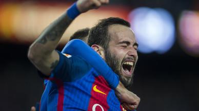 Aleix Vidal celebra el quinto gol del Barça.