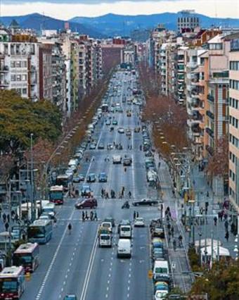 Las entidades de BCN reclaman un Paral�lel para el vecindario