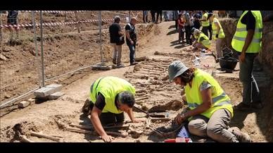 Localizados 17 cadáveres en la primera exhumación del plan de fosas de la Generalitat