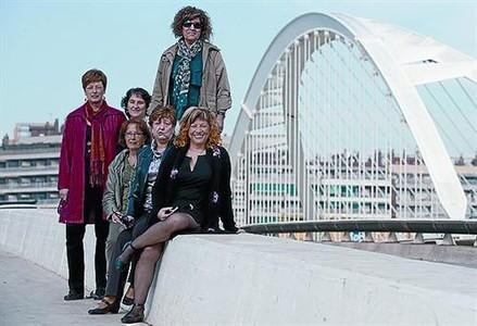 Concienciadas Seis de las autoras del libro, el 10 de noviembre.