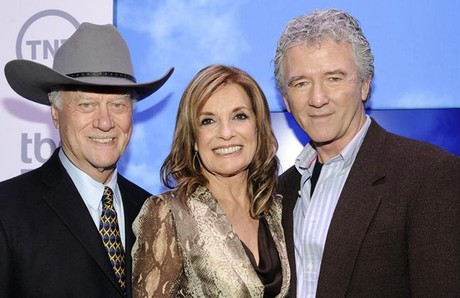 Larry Hagman, Linda Gray y Patrick Duffy, actores de la serie 'Dallas'.