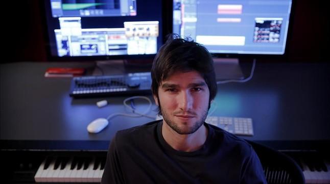 El compositor Lucas Vidal, fotografiado este semana en su estudio de Madrid.