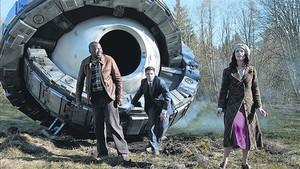 EQUIPO. Malcolm Barrett, Matt Lanter y Abigail Spencer son el trío protagonista de la serie Timeless.