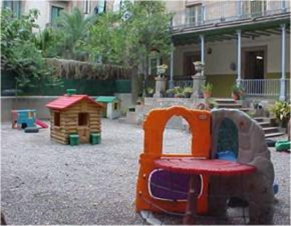 Dos nens de 5 anys s'escapen d'una escola de Barcelona i apareixen a Valldoreix