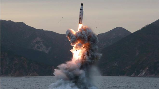 Corea del Nord llança al mar del Japó 4 míssils balístics