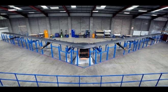 Facebook i Google preparen drons i globus per donar servei des de l'estratosfera