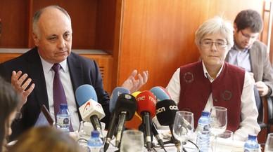 Los registradores consuman su amenaza de denunciar a la Generalitat