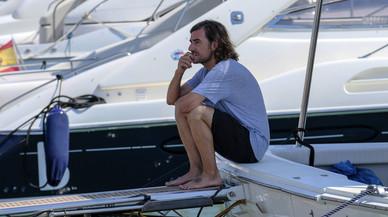 La família d'Ángel Nieto n'escampa les cendres al mar d'Eivissa