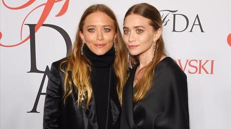 Les germanes Olsen, a la gala de la CFDA 2015, celebrada a Nova York.