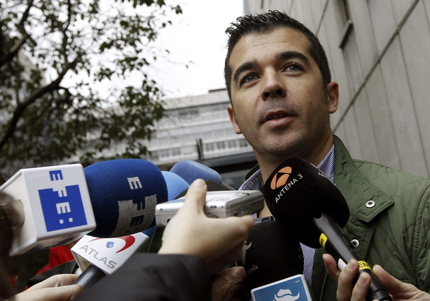 """Los sindicatos dicen que el plan de despidos """"condena a muerte"""" a Iberia"""