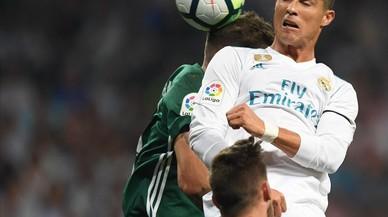 El Betis enfonsa el Madrid al seu estadi (0-1)