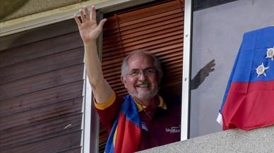 L'alcalde de Caracas burla l'arrest domiciliari i es refugia a Espanya
