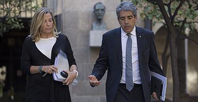 Homs y Ortega, a su llegada a la reuni�n del Govern, este martes.
