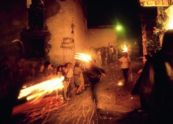 Festa del Foc a Boi Taull
