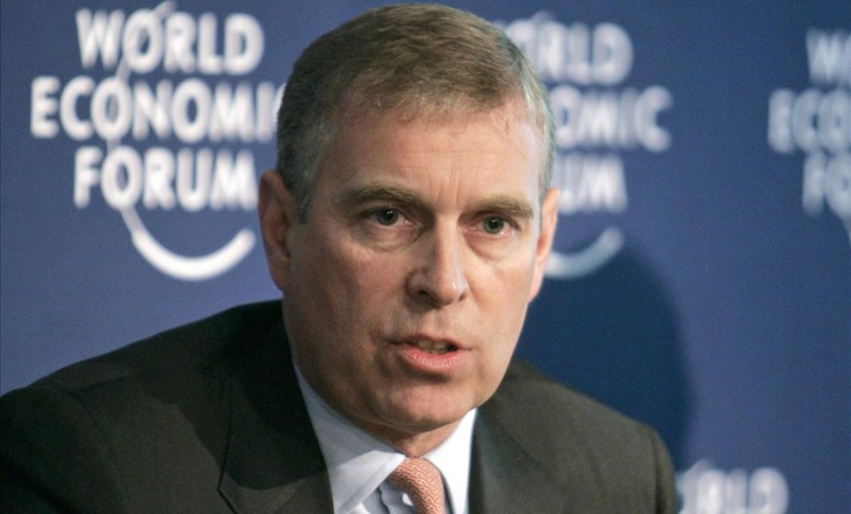 fimedio7614832 the duke of york prince andrew gestures while sp160317115312