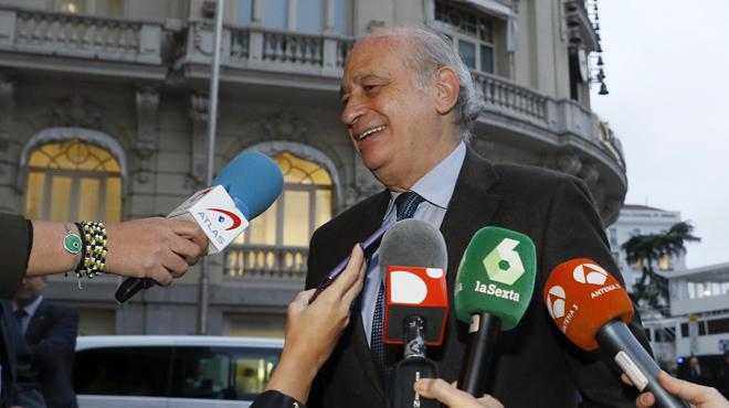 Declaraciones sobre la abstencion del PSOE. Casado y Fernandez Diaz