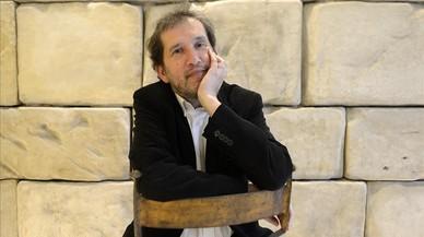 Joan-Lluís Lluís, premi Serra d'Or a la millor novel·la del 2016 per 'El navegant'