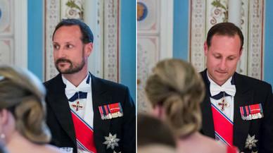 Haakon de Noruega s'afaita a mig sopar d'aniversari dels seus pares